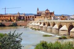 Romano Bridge i Cordoba arkivbild
