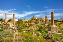 Romans fördärvar däcket Sur södra Libanon arkivbilder