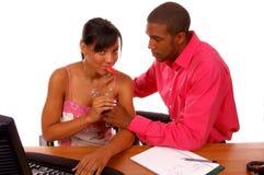 romanse biurowe Zdjęcia Royalty Free