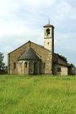 Romansk kyrka Arkivbild