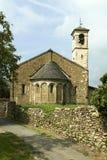 Romansk kyrka Fotografering för Bildbyråer