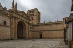 Romansk kyrka av det 12th århundradet i Zamora Royaltyfria Bilder