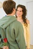 romansk tonåring för par Arkivbild