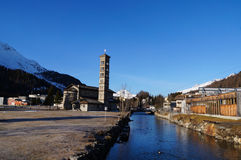 Romanska kyrkliga StKarl, St Moritz, Schweiz Fotografering för Bildbyråer