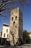 Romanskt torn av fyrkanten i LLansa, Arkivfoton