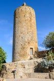 Romanskt torn i vänner, Spanien Arkivfoton