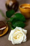 Romantic breakfast with white rose Royalty Free Stock Photos