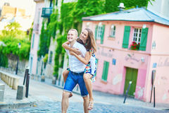 Romantic couple having a date on Montmartre Royalty Free Stock Photos