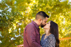 Romantic couple kissing each other Royalty Free Stock Photos