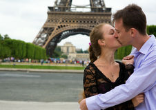 Romantic couple in Paris. Near the Eiffel Tower Royalty Free Stock Images