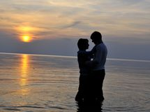 Romantic couple at sunset Royalty Free Stock Images