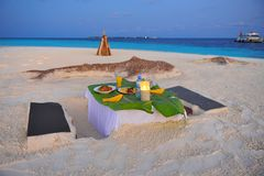 Romantic dinner on a private Maldivian island Stock Images