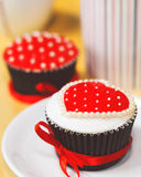 Romantic heart cupcake for valentine`s day Royalty Free Stock Photography