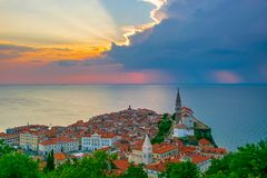 Free Romantic Picturesque Sunset Over Old Town Of Piran, Slovenia Royalty Free Stock Images - 163958639