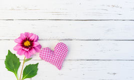 Romantic pink Flower and Heart Royalty Free Stock Photos