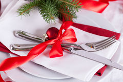 Romantic red Christmas table setting Royalty Free Stock Photography