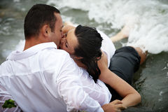 Romantic wet kiss (couple kissing) Royalty Free Stock Photos