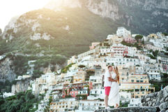 Romantic young couple in honeymoon in Positano, Amalfi coast, Italy Stock Photography