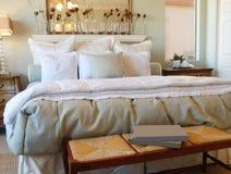romantico interno di disegno della camera da letto Fotografia Stock