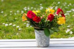 Romantisch bloemboeket stock foto