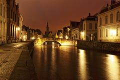 Romantisch Brugge bij nacht royalty-vrije stock fotografie