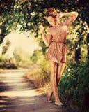 Romantisch Meisje Openlucht Royalty-vrije Stock Afbeelding