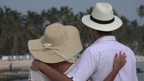 Romantisch paar op vakantie stock footage