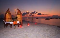 Romantisch privé diner bij de toevlucht stock foto