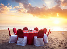 Romantisch tropisch diner royalty-vrije stock afbeeldingen