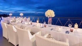 Romantische Abendesseneinrichtung lizenzfreie stockfotos