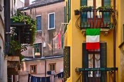 Romantische alte Gebäude in Venedig, Italien Stockbilder