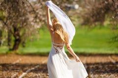 Romantische blonde Frau lizenzfreie stockfotografie