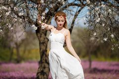 Romantische blonde Frau stockfotos