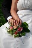 Romantische Dekoration der Eleganz auf einem rosafarbenen Hintergrund Stockfotos
