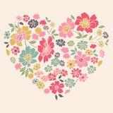 Romantische Karte mit Blumenherzen Stockfoto
