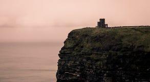 Romantische klippen van Ierland stock afbeeldingen