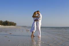 Romantische kus royalty-vrije stock foto's