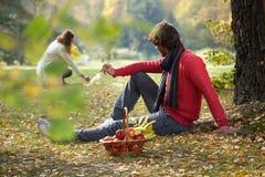 Romantische middag in het park Stock Fotografie