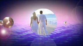 Romantische Montage von Paaren am Strand stock footage