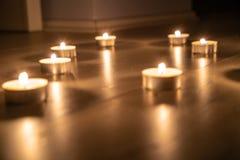 Romantische nacht op vloer royalty-vrije stock fotografie