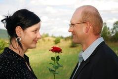 Romantische Paare stockfoto