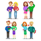 Romantische Paare, Liebe, Verhältnis, bezauberten Leute mit Geschenken Lizenzfreie Stockbilder