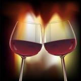 Romantische scène van glasswine twee door open haard Stock Foto