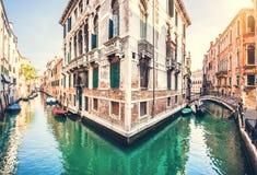 Romantische Szene in Venedig, Italien Stockbild