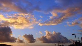 Romantischer Abendhimmel über Las Palmas Stockbild