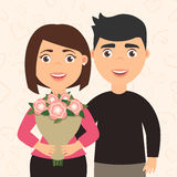 Romantischer Paarmann und -frau Mädchen, das einen Blumenstrauß von Blumen in seinen Händen hält Der Freund umarmt seine Freundin Stockbilder
