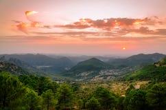 Romantischer Sonnenuntergang Port Del Boyar, Grazalema Stockfotografie