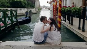 Romantisches gehendes Venedig stock video
