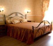 Romantisches Schlafzimmer stockbild