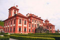 Romantisches Troja Schloss Lizenzfreie Stockfotografie